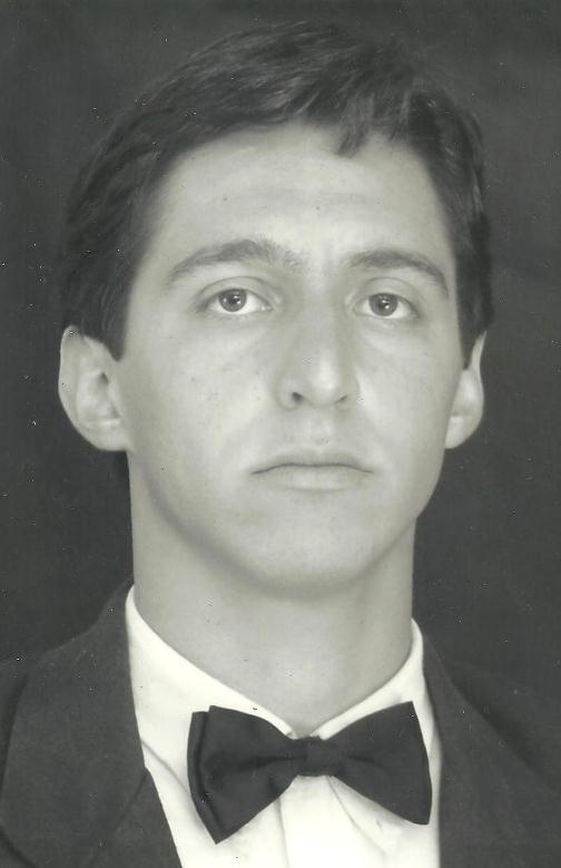 52.Albert Assis Carrara